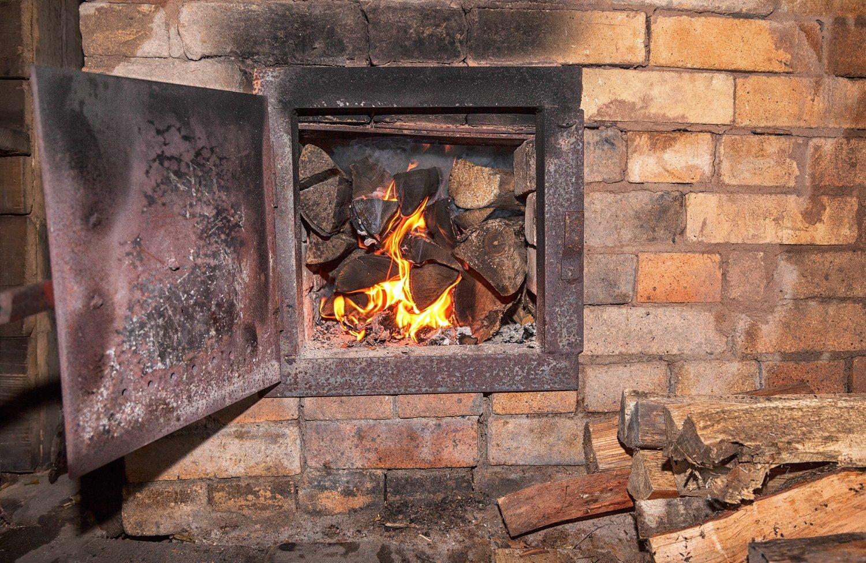 Печное отопление в частном доме - одна из самых частых причин пожара