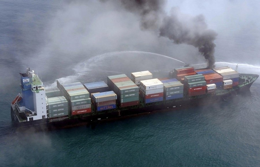 Борьба с пожаром на борту судна